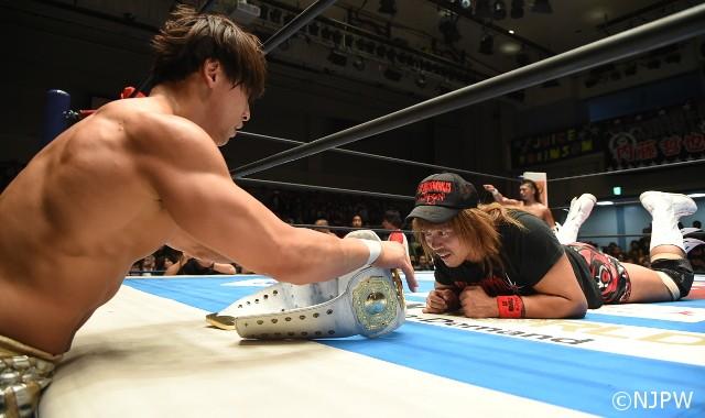 苦悩する飯伏幸太がインターコンチネンタル王座を巡り内藤哲也へクエスチョン!「本当にこのベルトが欲しいんですか?」