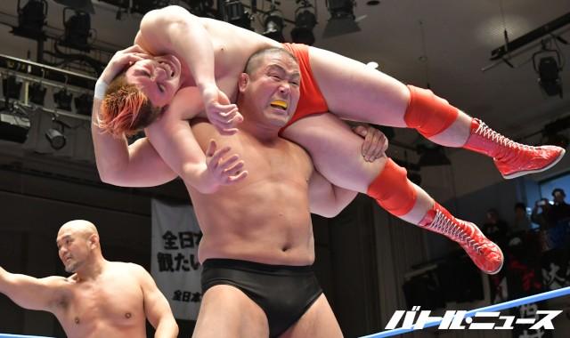 引退を控えた中西学が最後の全日本プロレス参戦で秋山準らと第三世代タッグ結成!「新日本も見習った方がいいかもしれない」
