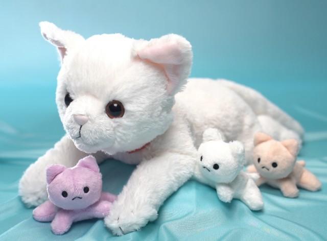 これは画期的ニャ!猫のお産や授乳を体験できる玩具「ねこ、産んじゃった」セガトイズから発売