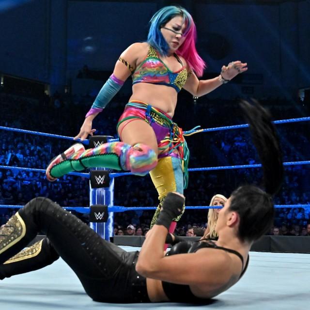 【WWE】アスカ、ソーニャ相手にアスカロックで一本勝ち「いつでも誰でもええからかかってこいや!おらぁ!」
