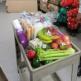 病院で新鮮な野菜や果物を無料提供 米で注目「フードパントリー」とは