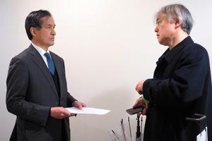 「通せんぼするのか」 依田九段、対局場で押し問答