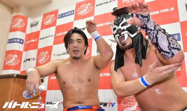 全日本ジュニアタッグリーグ開幕戦で丸山敦&ブラックめんそーれがドラゲータッグに勝利!「DRAGON GATEへの劣等感があったから勝てた」