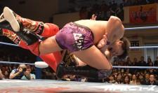 世界ジュニア王者・岩本煌史が鈴木鼓太郎を返り討ち!「首の骨を折る勢いで叩き潰しに行きました」