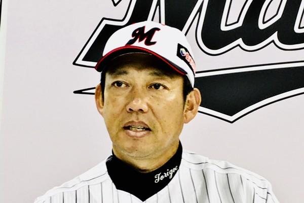 日本一から最下位への転身。鬼軍曹・鳥越コーチはジョークから始めた