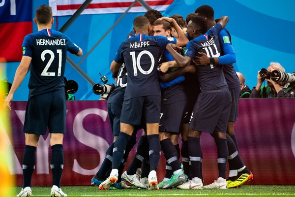 通好みの「中盤力」でフランスが勝利。それでも不安が漂うのはなぜか