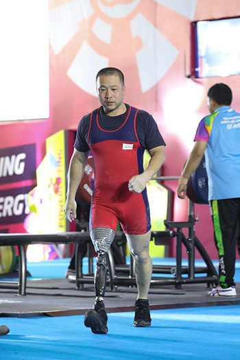 競技歴1年弱でアジア5位。パラ・パワーリフター樋口健太郎が歩む道