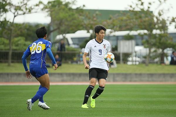 ガンバ大阪は若手が自信満々。18歳の中村敬斗も「目に見える結果を」
