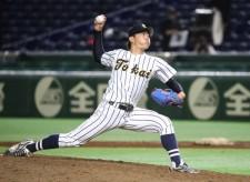 大学球界の「完全試合男」は、憧れの菅野が待つプロに向けてリスタート