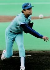 ベンチの指示で内角へズバズバ。荒木大輔は日本シリーズ初戦で攻めた