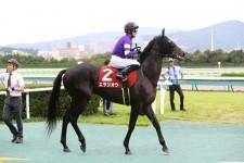 わずか1勝馬が菊花賞で戴冠か。上昇エタリオウ、王になるため大変身