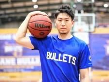 日本のエースが海外挑戦から5カ月で帰国。比江島慎「後悔してない」